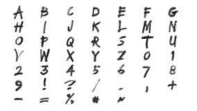 Alfabeto e números pretos tirados mão ilustração stock