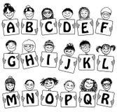 Alfabeto e numeri svegli con i fronti dei bambini disegnati a mano Fotografia Stock