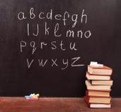 Alfabeto en la pizarra Imagenes de archivo