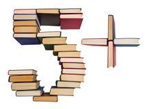 Alfabeto feito fora dos livros, das figuras 5 e do sinal de adição Imagens de Stock Royalty Free