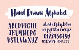 Alfabeto inglés dibujado mano elegante La colección de letras de la mayúscula y minúscula arregló en el orden alfabético, figuras libre illustration