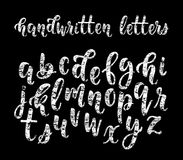 Alfabeto moderno latin tirado mão da escova da caligrafia do giz das letras minúsculas Vetor Fotografia de Stock Royalty Free