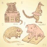 Alfabeto operato degli animali di schizzo nello stile d'annata Immagine Stock
