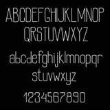 Alfabeto retro de la fuente de la tiza en la pizarra Imagen de archivo libre de regalías