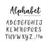 Alfabeto tirado mão do vetor Fonte do roteiro da escova Letras de caixa isoladas escritas com marcador, tinta calligraphy ilustração do vetor