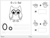 Alfabeto A-Z Tracing e foglio di lavoro di puzzle, esercizi per i bambini - libro da colorare Immagini Stock Libere da Diritti