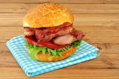 Alface do bacon e rolo do sanduíche do tomate Foto de Stock