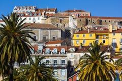 alfama里斯本老葡萄牙城镇 免版税库存照片
