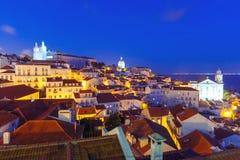 Alfama на ноче, Лиссабоне, Португалии Стоковые Изображения RF