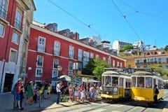 Alfama gele trams Royalty-vrije Stock Fotografie