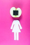 Alfanumeriskt äpple med humanoidkroppen Arkivbild