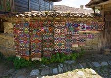 Alfombras hechas a mano tradicionales búlgaras Foto de archivo