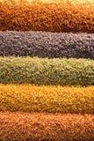 Alfombras mullidas multicoloras Fotografía de archivo libre de regalías