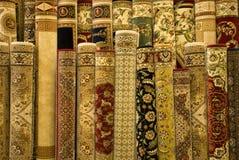 Alfombras persas en la visualización Foto de archivo libre de regalías