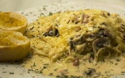 Alfredo Spaghetti Royaltyfria Bilder