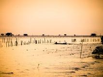 Algún día por la mañana del pescador fotografía de archivo libre de regalías