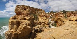 Algar Seco trappa på Algarve Arkivbild