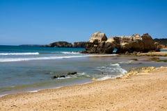 algarve海滩da葡萄牙普腊亚rocha 免版税库存图片