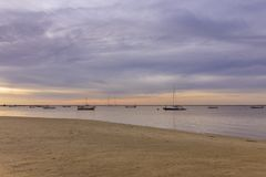Algarve Cavacos plaży świtu zmierzchu krajobraz przy Ria Formosa Zdjęcie Stock