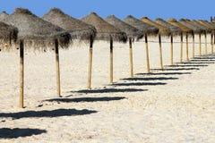 Algarve, het strand van Faro - van Ilha Deserta, zuidelijk Portugal Royalty-vrije Stock Afbeeldingen