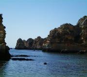 Algarve- - Lagos-Strand im Sommer lizenzfreie stockbilder