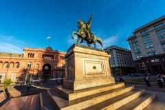 Algemeen Manuel Belgrano-standbeeld stock fotografie