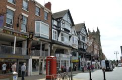 Algemene scène van goed - bekende stad Chester Chester, het UK, 3 Juli, 2015 stock afbeeldingen