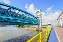 Algera bro och barriär för stormsvallvåg Royaltyfria Bilder