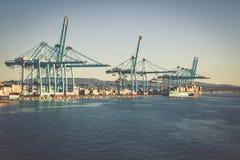 ALGESIRAS, SPANIEN - MAI 1,2013: Containerbahnhof im industr Lizenzfreies Stockbild