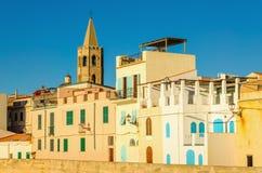 Alghero одно ` s Сардинии большинств красивые средневековые города, Италия стоковые изображения