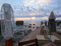 Бар моря лета на пляже Alghero стоковые изображения