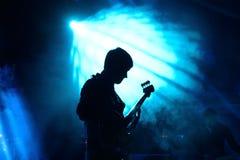 Algiers musikband i konsert på den Primavera klubbafestivalen 2015 royaltyfri bild