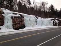 Algonquin parkerar Ontario, isvattenfall Arkivbild