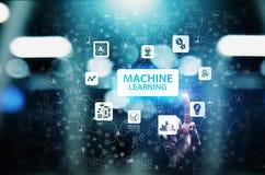 Algoritmi di apprendimento profondi della macchina, intelligenza artificiale AI, automazione e tecnologia moderna nell'affare com immagine stock libera da diritti