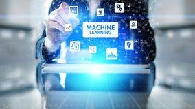 Algoritmos de aprendizaje profundos de la máquina, inteligencia artificial AI, automatización y tecnología moderna en negocio com imagen de archivo