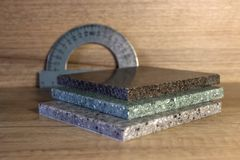 Algumas amostras de pedra artificial acrílica Imagem de Stock