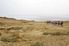 Algumas das ruínas reconstruídas da fortaleza judaica antiga do clifftop de Masada em Israel do sul Tudo abaixo do marcado fotografia de stock royalty free
