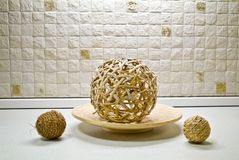 Algumas esferas da palha na ainda-vida Fotos de Stock Royalty Free