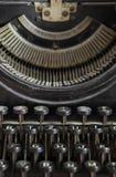 Algumas fontes e chaves da máquina retro da escrita Fotografia de Stock Royalty Free