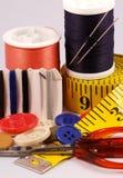 Algunas herramientas de costura Foto de archivo libre de regalías