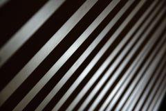 Algunas líneas del paralelo que crean un fondo diagonal imagen de archivo libre de regalías