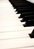 Algunas llaves del piano de un sintetizador modular Fotos de archivo libres de regalías