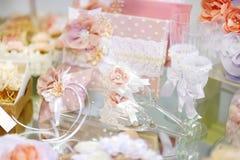 Algunos accesorios hermosos de la boda Fotografía de archivo libre de regalías