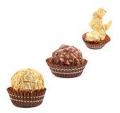 Algunos de caramelos redondos del chocolate. Imagen de archivo