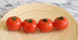 Algunos tomates frescos fotos de archivo libres de regalías