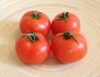 Alguns tomates frescos foto de stock royalty free