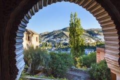 Alhambra Arch Granada Cityscape Churches Andalusia Spanien Royaltyfria Foton