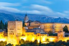 Alhambra bei Sonnenuntergang in Granada, Andalusien, Spanien Stockbilder