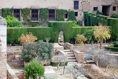 alhambra borggård Arkivfoto