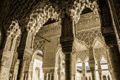 alhambra carlos de granada slott v Arkivbilder